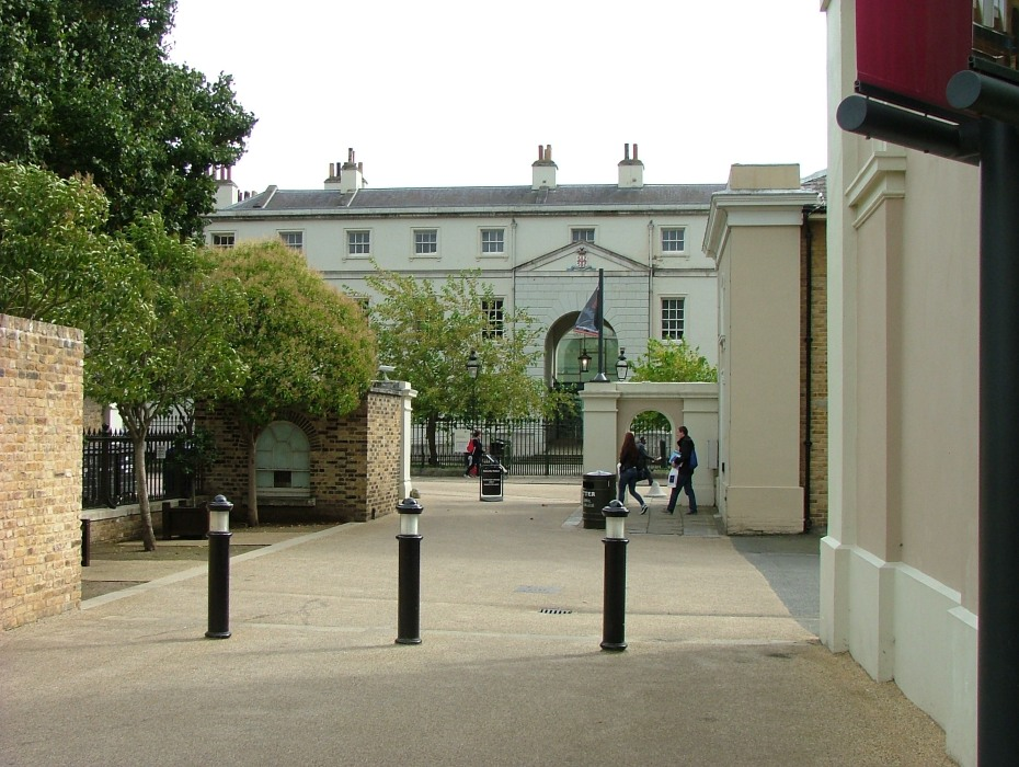 West Gate to Naval College. AG