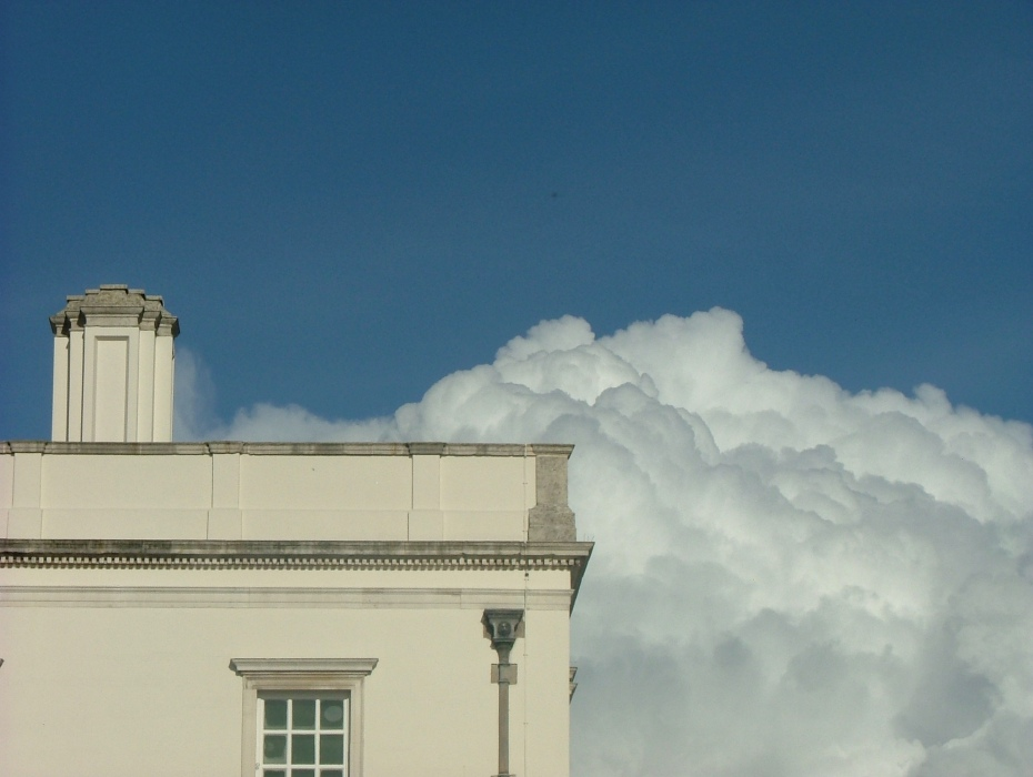 Clearing skies over the Queen's House at Greenwich. AG