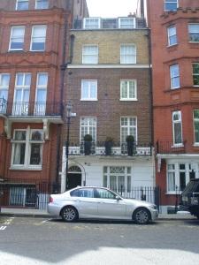 Last remaining Georgian House on Hans Place, London
