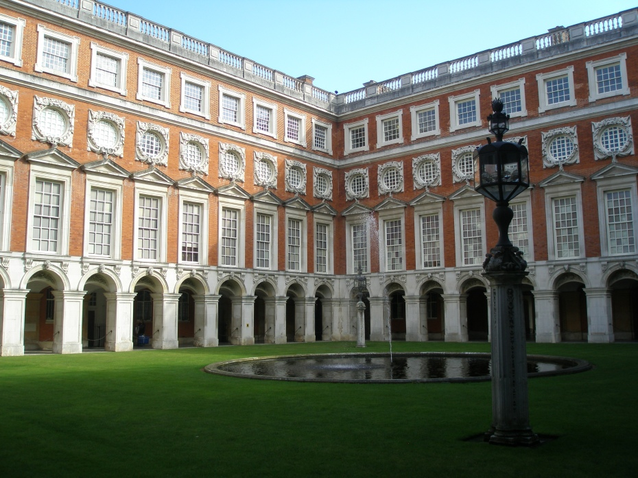 Christopher Wren's Fountain Court