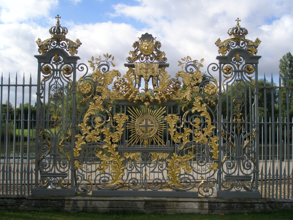 Gate, on the Thames-end of the Privy Garden. This ironwork was designed for William III by Jean Tijou, a French master blacksmith.