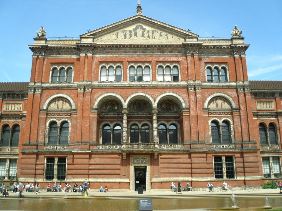 London's Victoria & Albert Museum (my favorite Museum on the Planet): Partner with the Peabody Essex Museum, in their exhibition HATS.