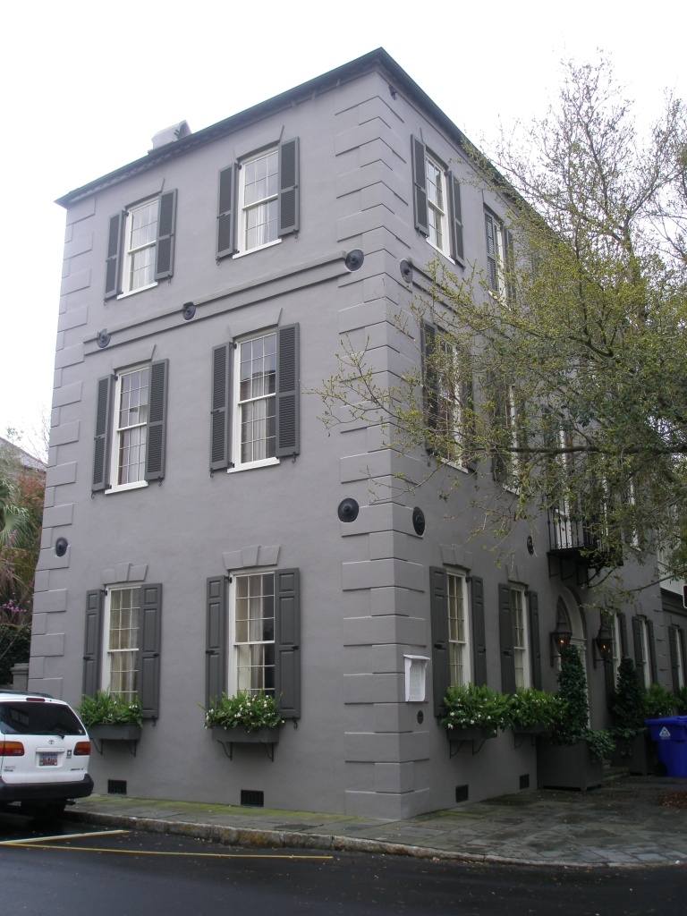 The William Harvey House, a fine example of a Double-Wide House