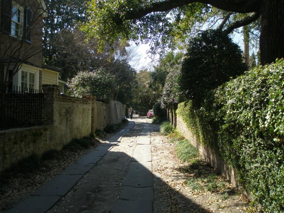 Longitude Lane begins wide....