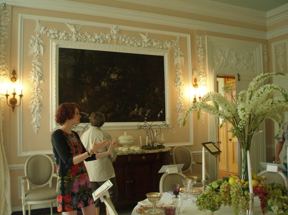 Dining Room on the Main Floor. This is my favorite room in Edith's home: airy & humorous & clearly a great place for a party! Wharton believed that decorations for a dining room should reflect the food eaten there, and so the walls are gaily festooned with plaster garlands of fruits, birds & fish. Fabulous!