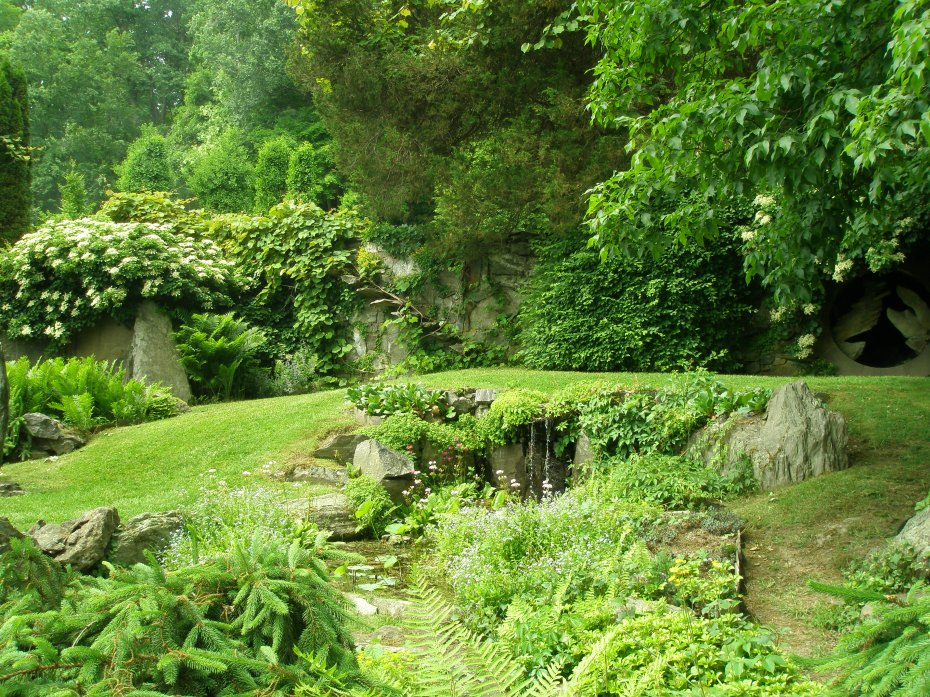 Climbing Hydrangeas and Circular Grotto