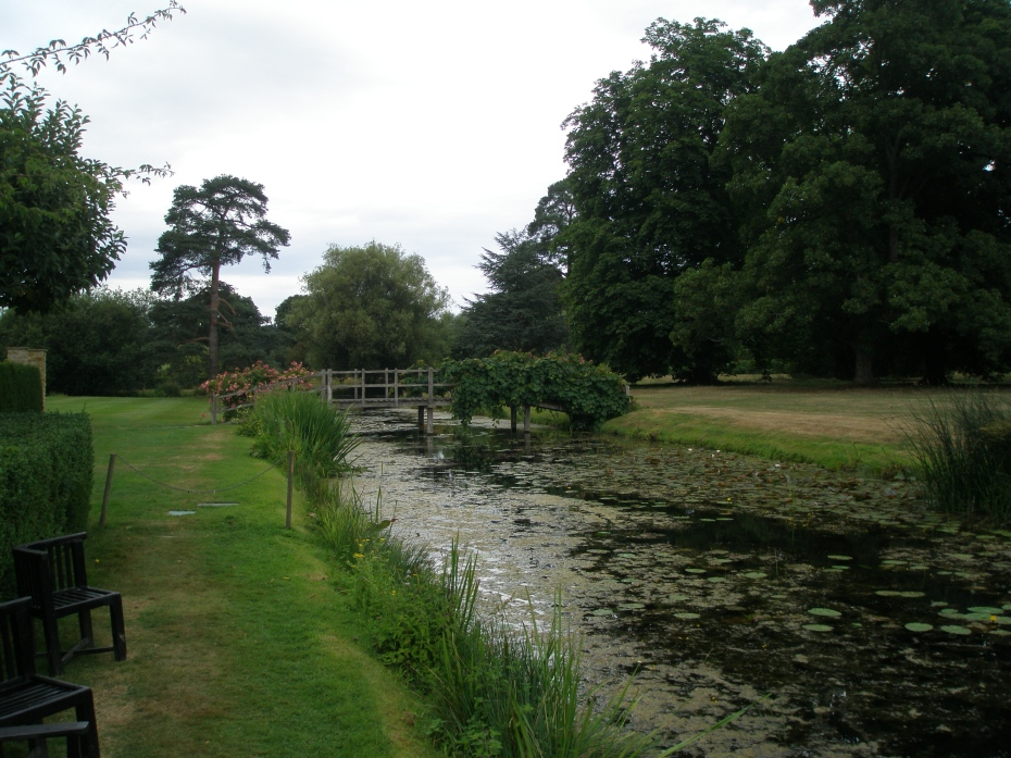 The outer moat, behind the Tudor Garden