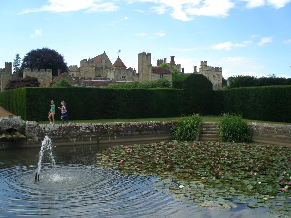 Diana's Bath, which was formed from an Elizabethan Stew Pond. These Tudor pools were stocked with fish, and provided handy, fresh food for the kitchens of great houses.