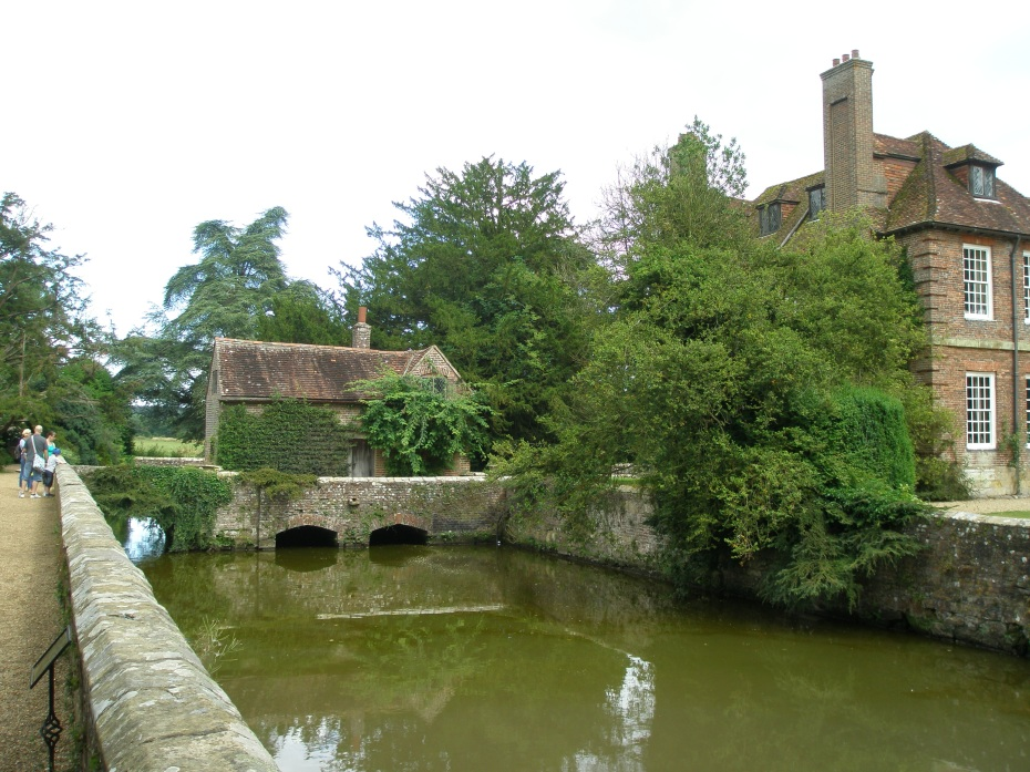 Side Bridge across Moat
