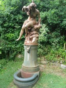 Statue on Paradise Walk