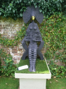 A rather intimidating Lady in the Rose Garden
