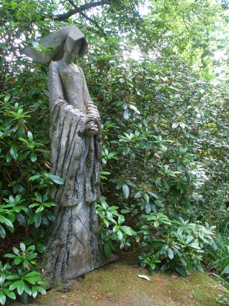 ANNE BOLEYN, by Philip Jackson. This is one of the sculptures that's permanently mounted in Pashley's gardens.