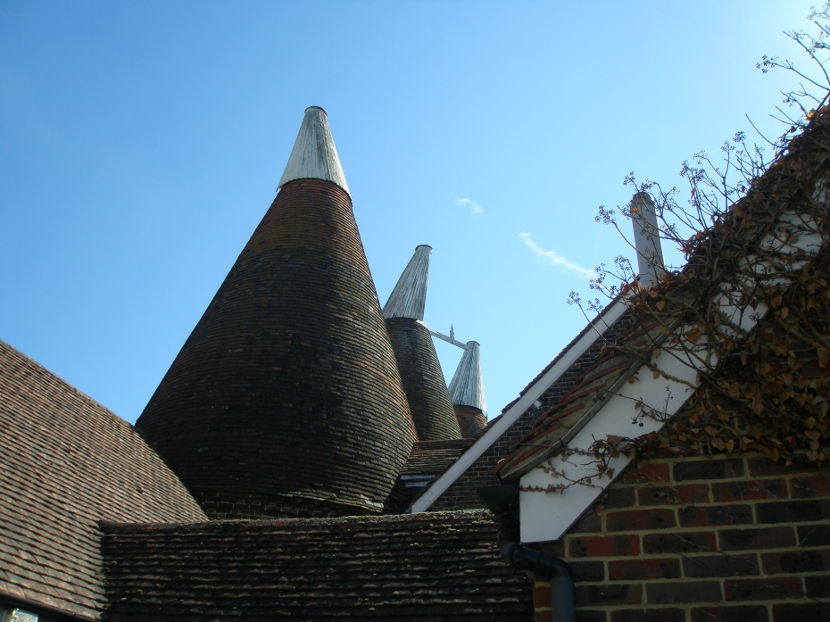 Oast roofs consist of: Roundel, Hot Air Outlet, Wind Vane, & Cowl.