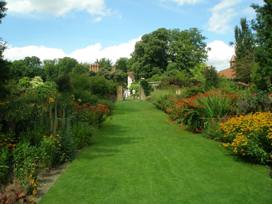 The lower reaches of the Herbaceous Borders and the Hot Gardens