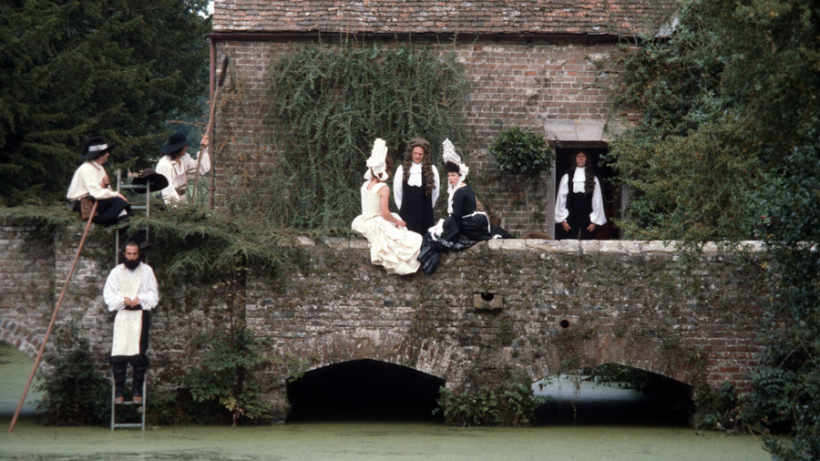 Scene from the film THE DRAUGHTSMAN'S CONTRACT, with actors on the Side Bridge. Image courtesy of Peter Greenaway.