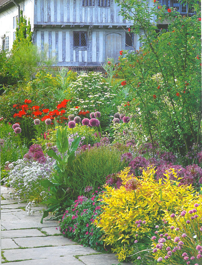 Here's a view of the Long Border, in early June. Image courtesy of Great Dixter Charitable Trust.