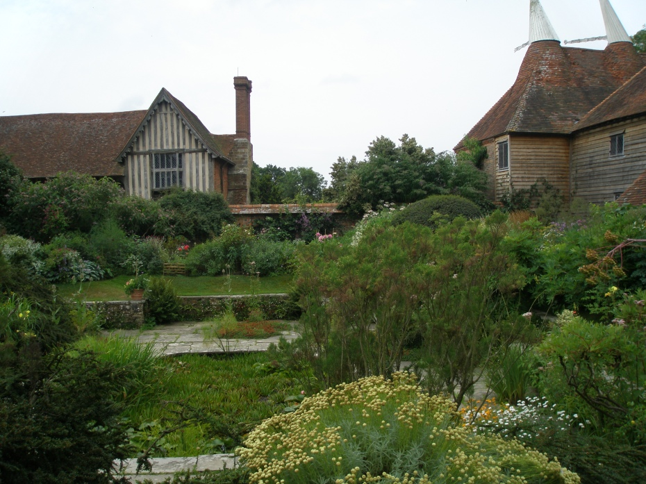 The Barn Garden surrounds the Sunk Garden, which as a pool at its center.