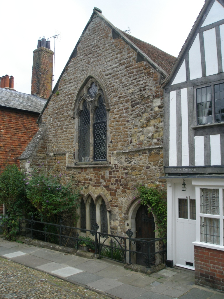 Further along Watch Bell Street, we came upon this beautiful, stone building, which is the oldest structure in Rye. Originally built as a monastery, in 1307 it was denounced by the Pope for housing monks and nuns on the same premises (egad), and so became a private residence. It was one of only a few of Rye's buildings that survived the French razing of the town, in 1377.