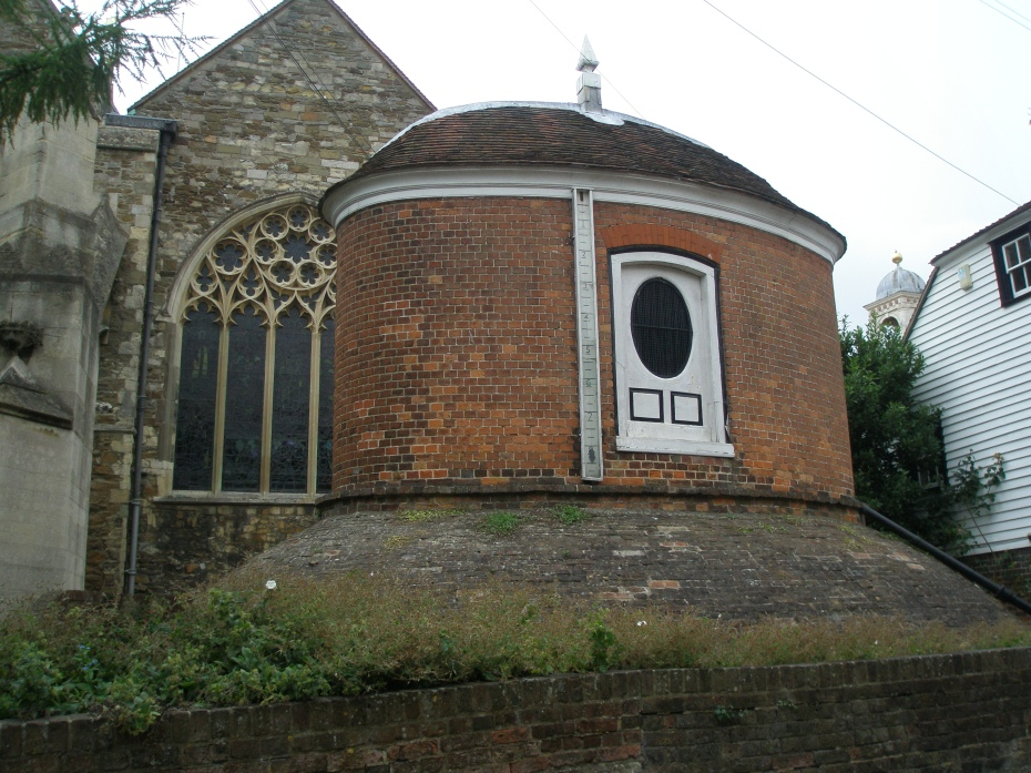 Adjacent to the Church of St.Mary the Virgin is the Water House (or Cistern), which was constructed in 1735.