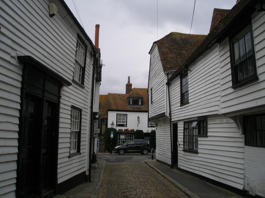 A narrow street, near the Church