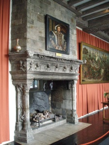 A closer look at the mantle in Henry's Banqueting Hall