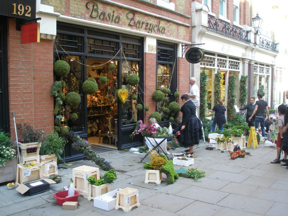 Chelsea in Bloom displays at Basia Zarzycka, and Moyses Stevens, are underway.