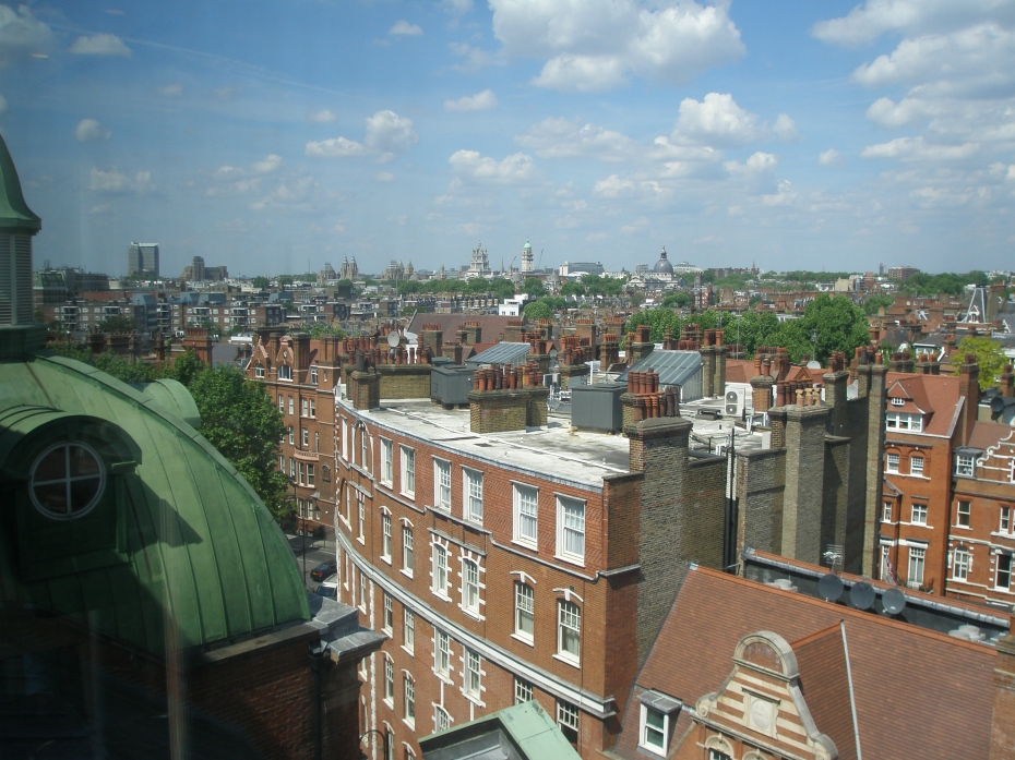 The Peerless Morning View over Southwest London, from my table at the Top Floor Café, in the Peter Jones Department Store, on May 19th. More soon, about the architecture of this Store. www.johnlewis.com/our-shops/peter-jones