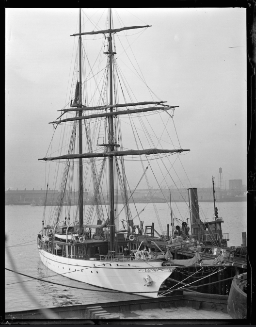 Vintage photo of the Real Thing: ILLYRIA, circa 1928.