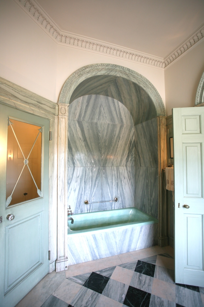 Tub alcove, in Mrs. Crane's bathroom