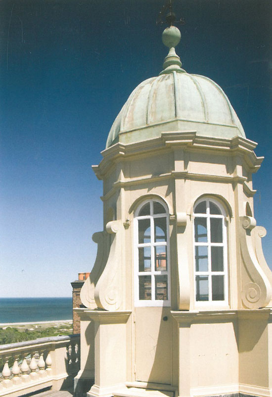 The Cupola, at the Crane's Great House in Ipswich, Massachusetts: a copy of the cupola at Belton House. Image courtesy of the Trustees of Reservations.