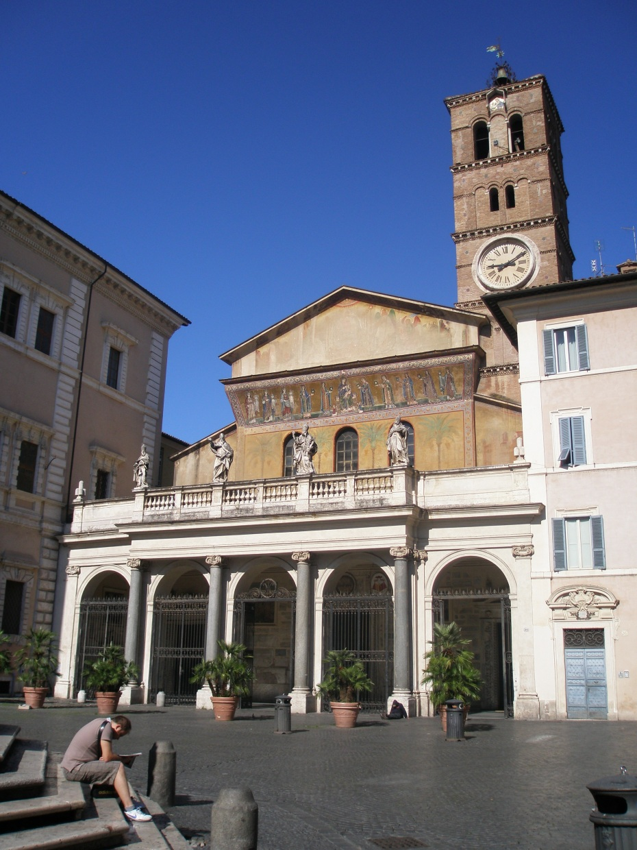 The Basilica di Santa Maria in Trastevere, is central focus of this part of Rome. A church as been on this plot since the early 3rd century, and the current building is the result of a 12th century remodeling effort. The arches of the front portico were added in 1702.