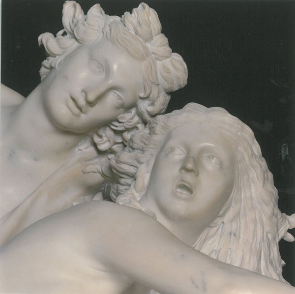 Detail of APOLLO AND DAPHNE. Image courtesy of Galleria Borghese.
