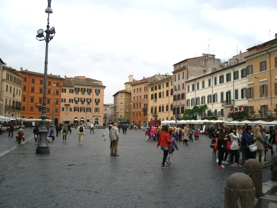 The northern end of Piazza Navona, on a soggy morning in May