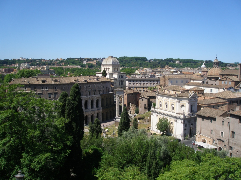 My view from the roof terrace Cafe at the Capitoline Museum...westward, toward Trastevere, and the green expanses of the Janiculum Hill (and to my wonderful Hotel).