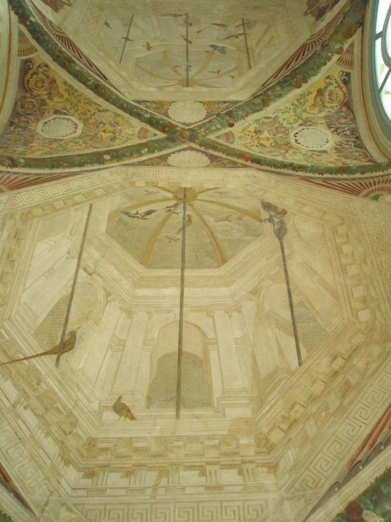 Palazzina Montalto Loggia--ceiling detail