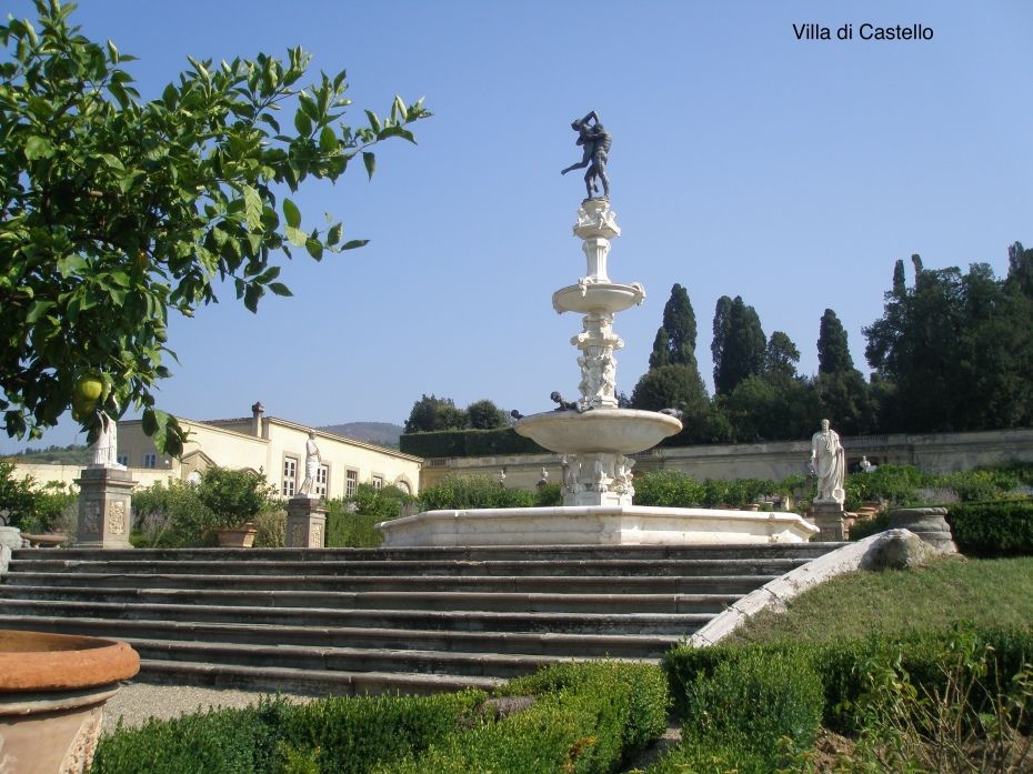 At Villa di Castello, this large fountain symbolizes one of Florence's nearby mountains.