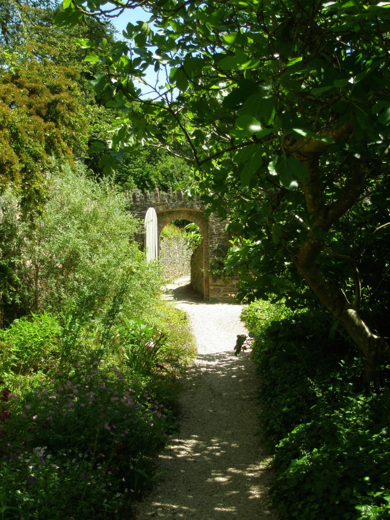 We leave the Walled Gardens and head uphill, toward the Fernery, with its Fountain & Pet Cemetery.