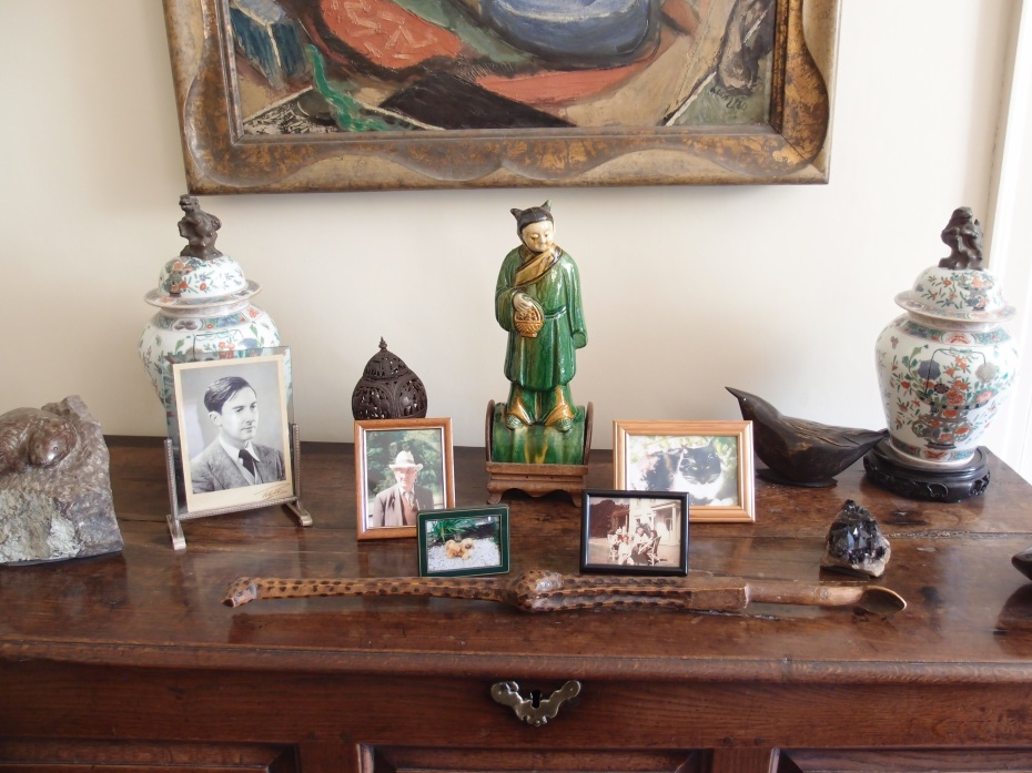 And still more trinkets, in the Sitting Room.