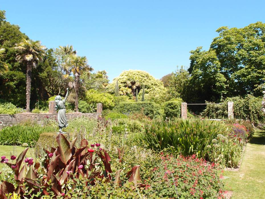 We enter the Statue Garden, which contains lush plantings of tender perennials: poppies, salvias, agapanthus, cannas, kniphofias, inulas and heleniums…all chosen as sources of food for the bees and butterflies who flock there, from early June through the end of Autumn.